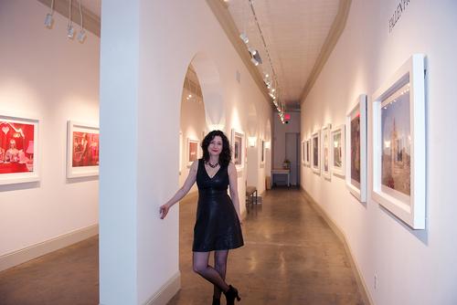 Dina+++Gallery