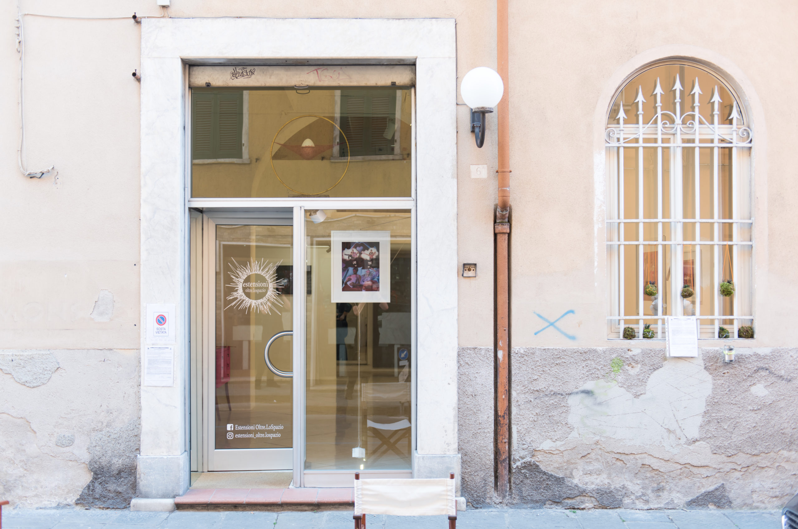 Dina Goldstein In The Dollhouse art photography exhibition ESTENSIONI OLTRE.LOSPAZIO Carrara Italy